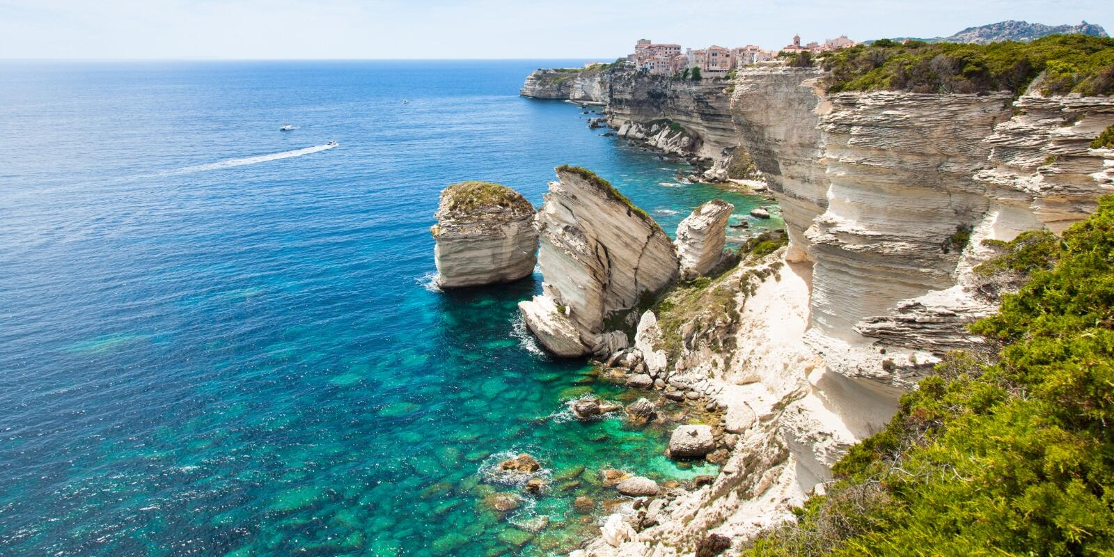 Cruise between southern Corsica and northern Sardinia Lavezzi and Maddalena archipelago