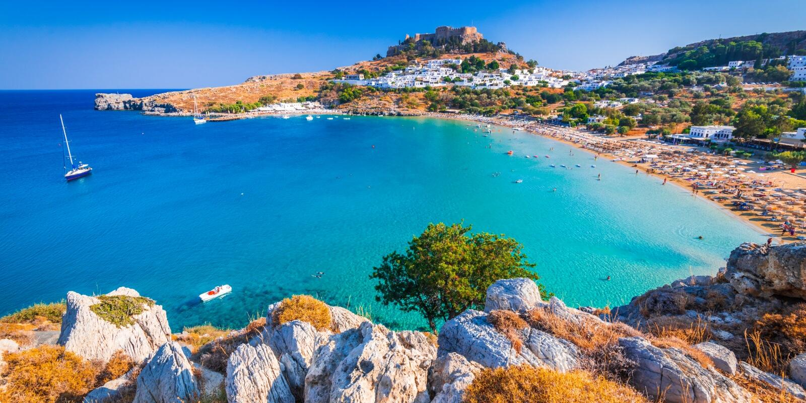 Stroll around the Dodecanese on a 15m boat - boarding in Kos or Leros