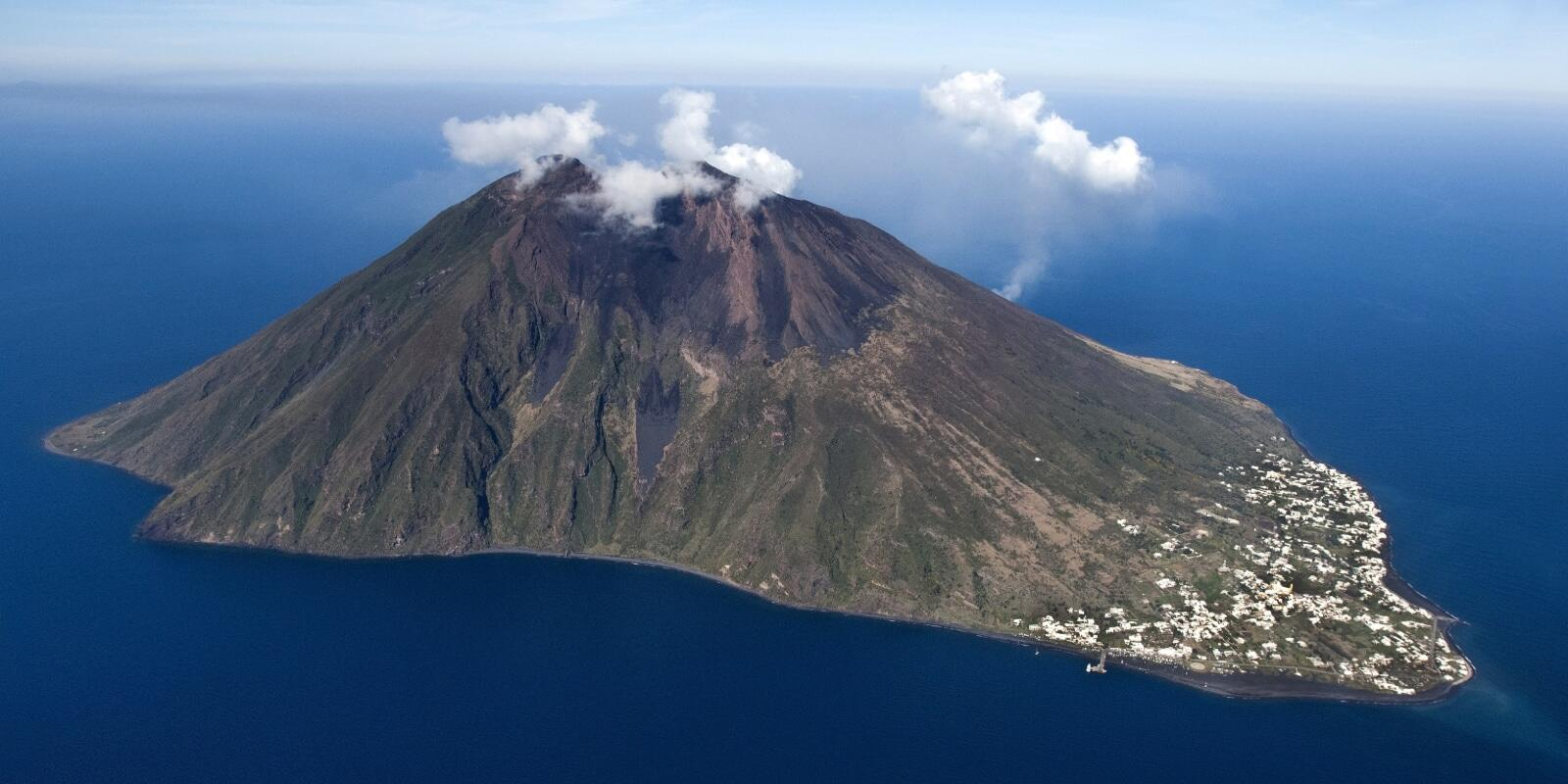Mid-August in the Aeolian Islands in a 24 meter all inclusive luxury gulet
