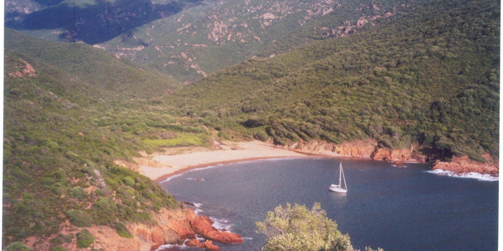 From Sardinia to Corsica: two different continents ... ONE WAY