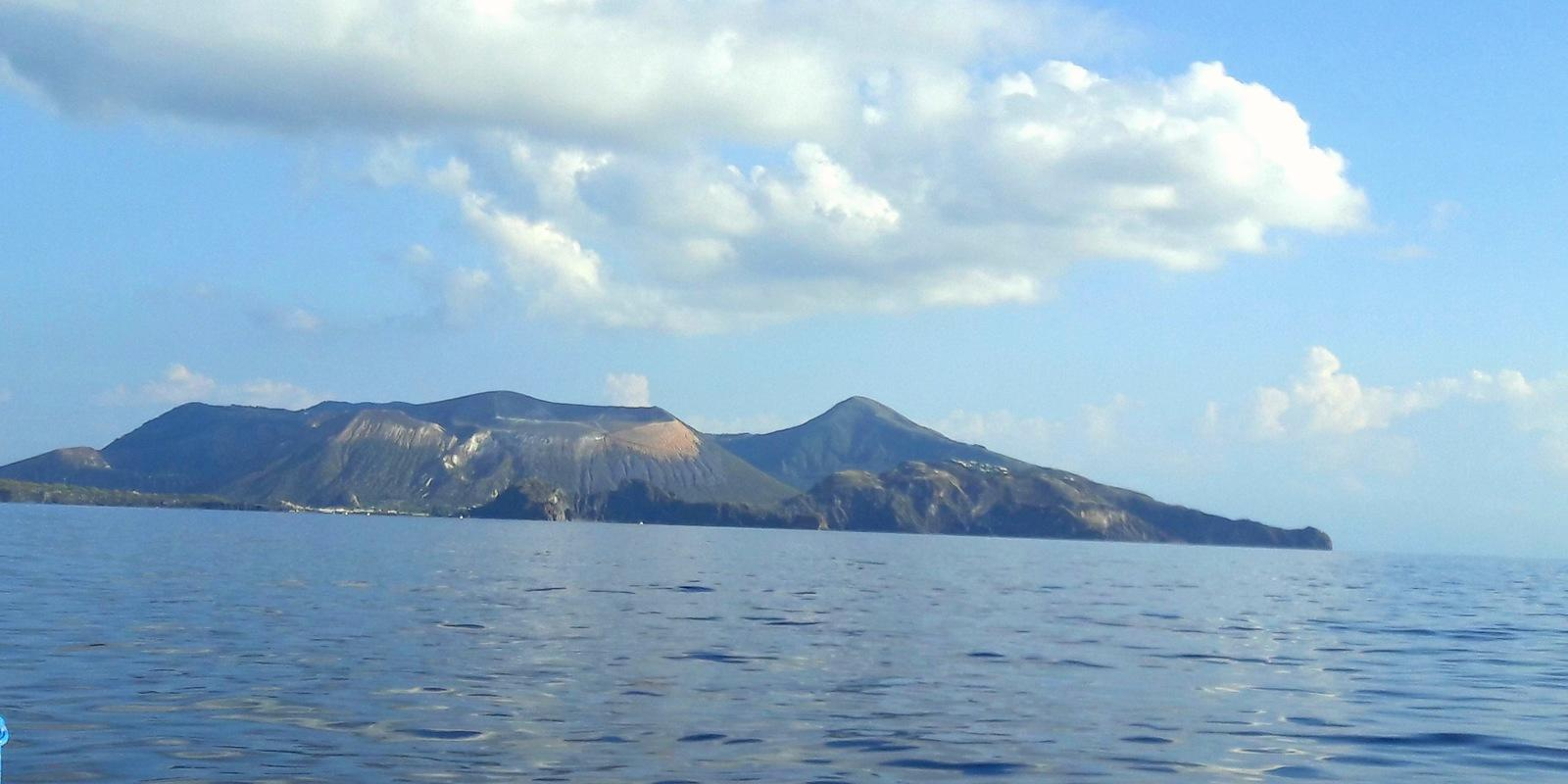 A relaxing week of sailing in the Aeolian islands