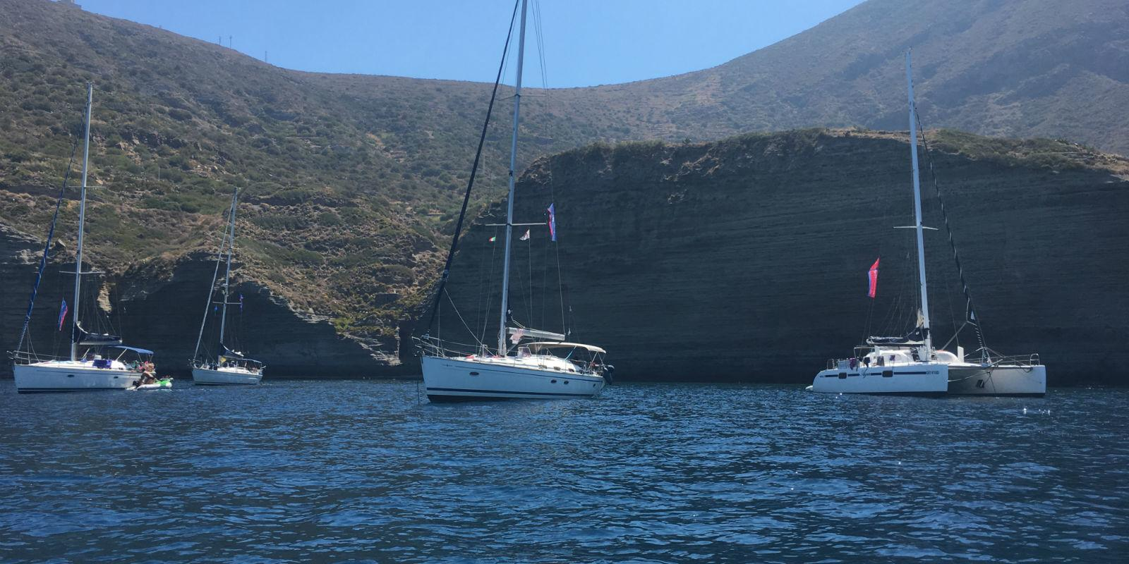 Four boats to the Aeolian islands