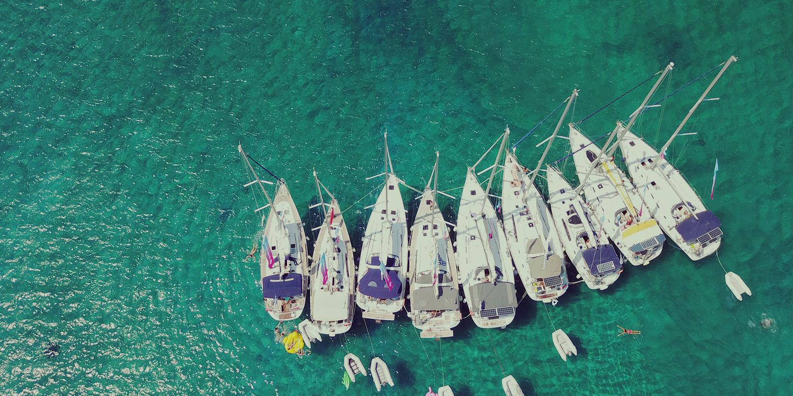ABSOLUTE EASY Yachtoo - Flotilla at Porquerolles for the 1st of May bridge