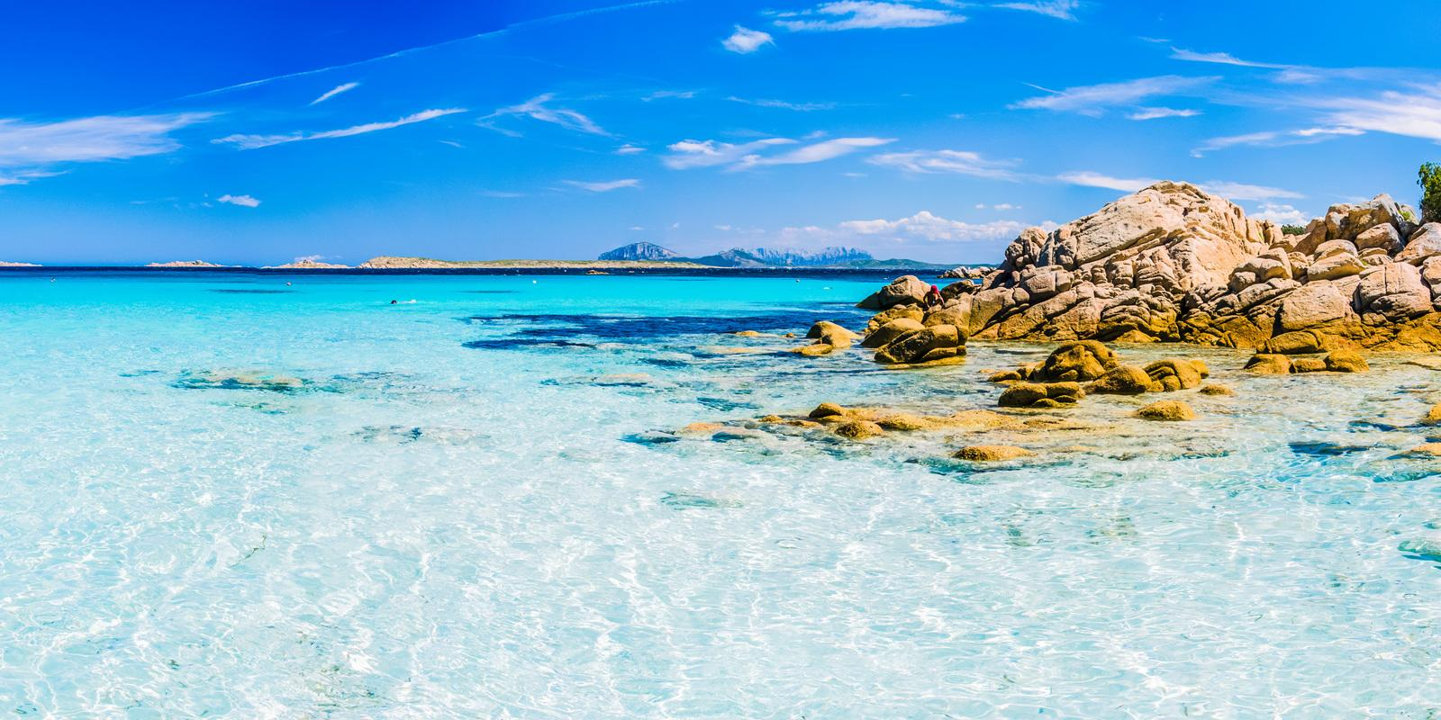 Flotilla of two boats between the wild beauty of Sardinia and Corsica - (special format 9 nights)