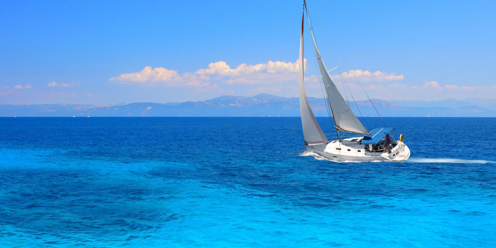 Two weeks of Sailing around theCaribbean Islands, from Grenada to Martinica