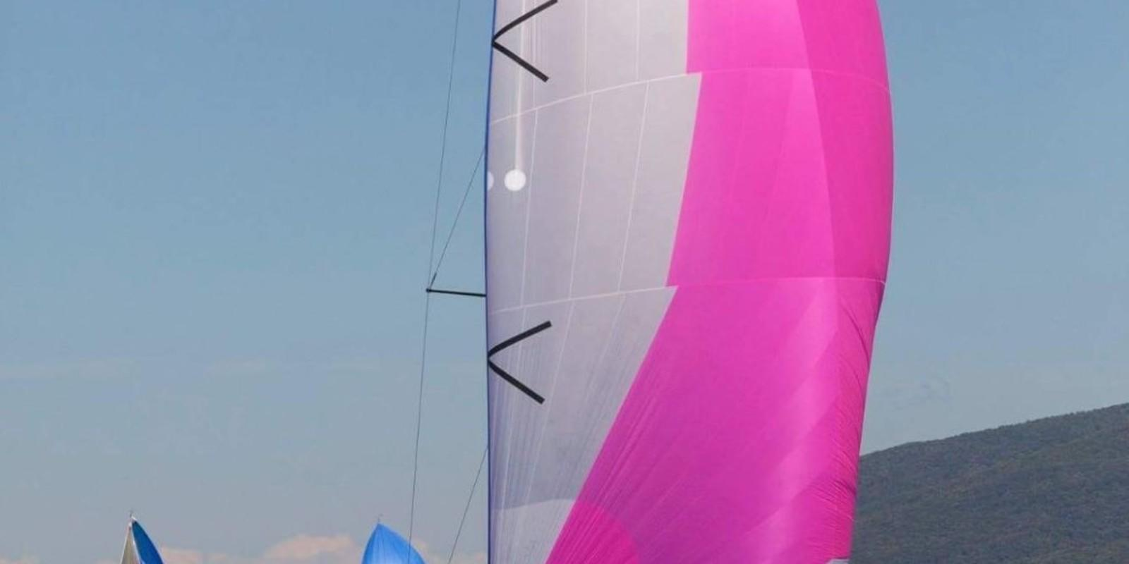 Sailing course, navigation X2 and reduced crew