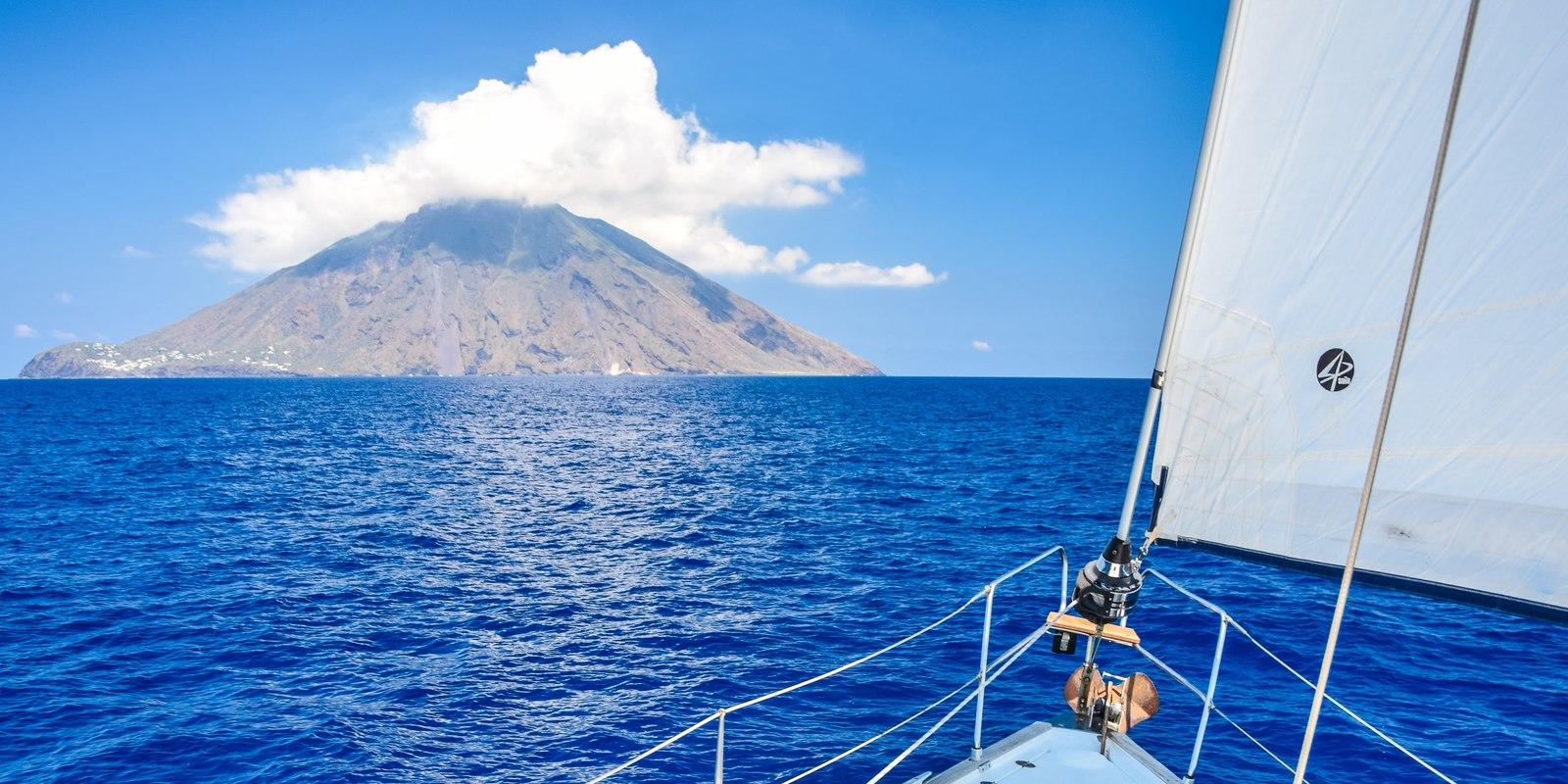 Discovering the lands of Eolo - The magnificent Aeolian Islands