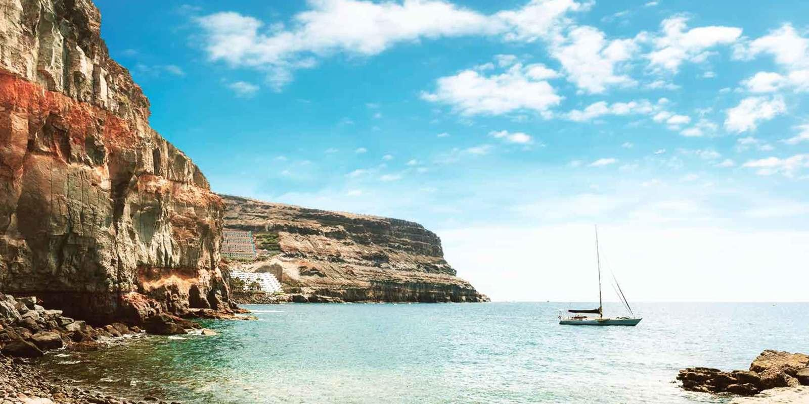 New Year's Eve to discover the Canaries