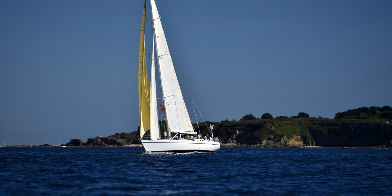 Sailing course, discovery cruise in South Brittany - All included