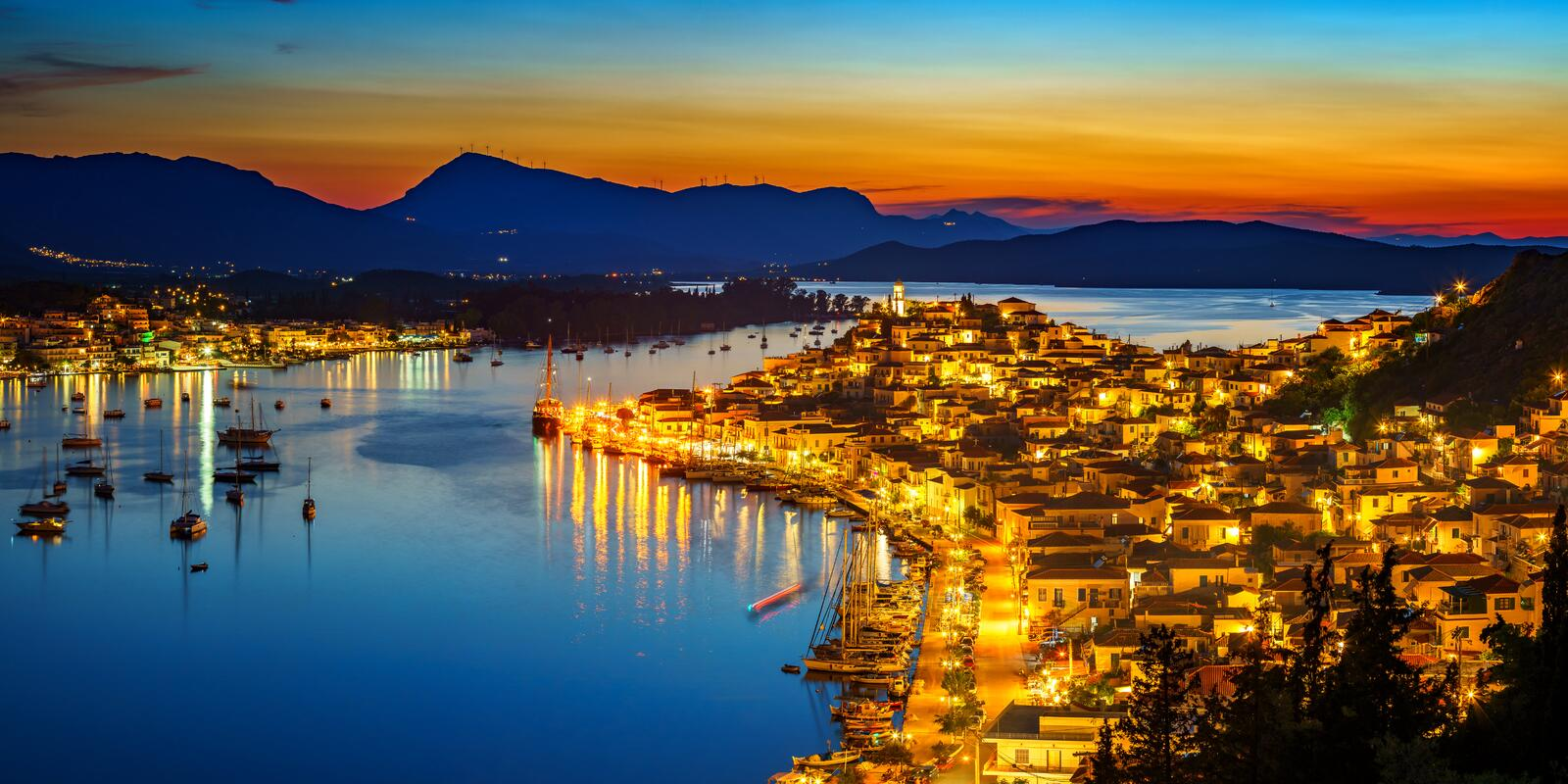 Discover sailing paradise in Greece One way to Santorini - Athens