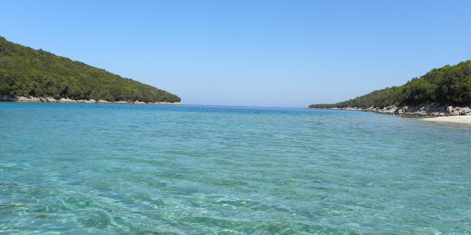 Discovering the island of Kefalonia and Zakynthos in total relaxation - hostess on board