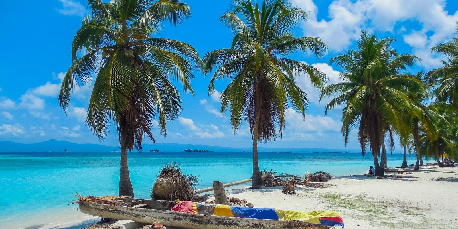 Spend an ALL INCLUSIVE holiday with us sailing in Carribean! (meals and beverage included)