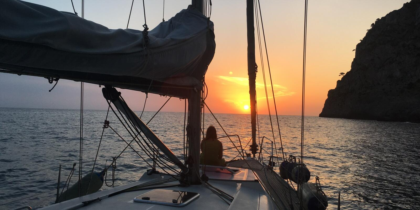 Learn to sail with a fantastic holiday in the Balearics