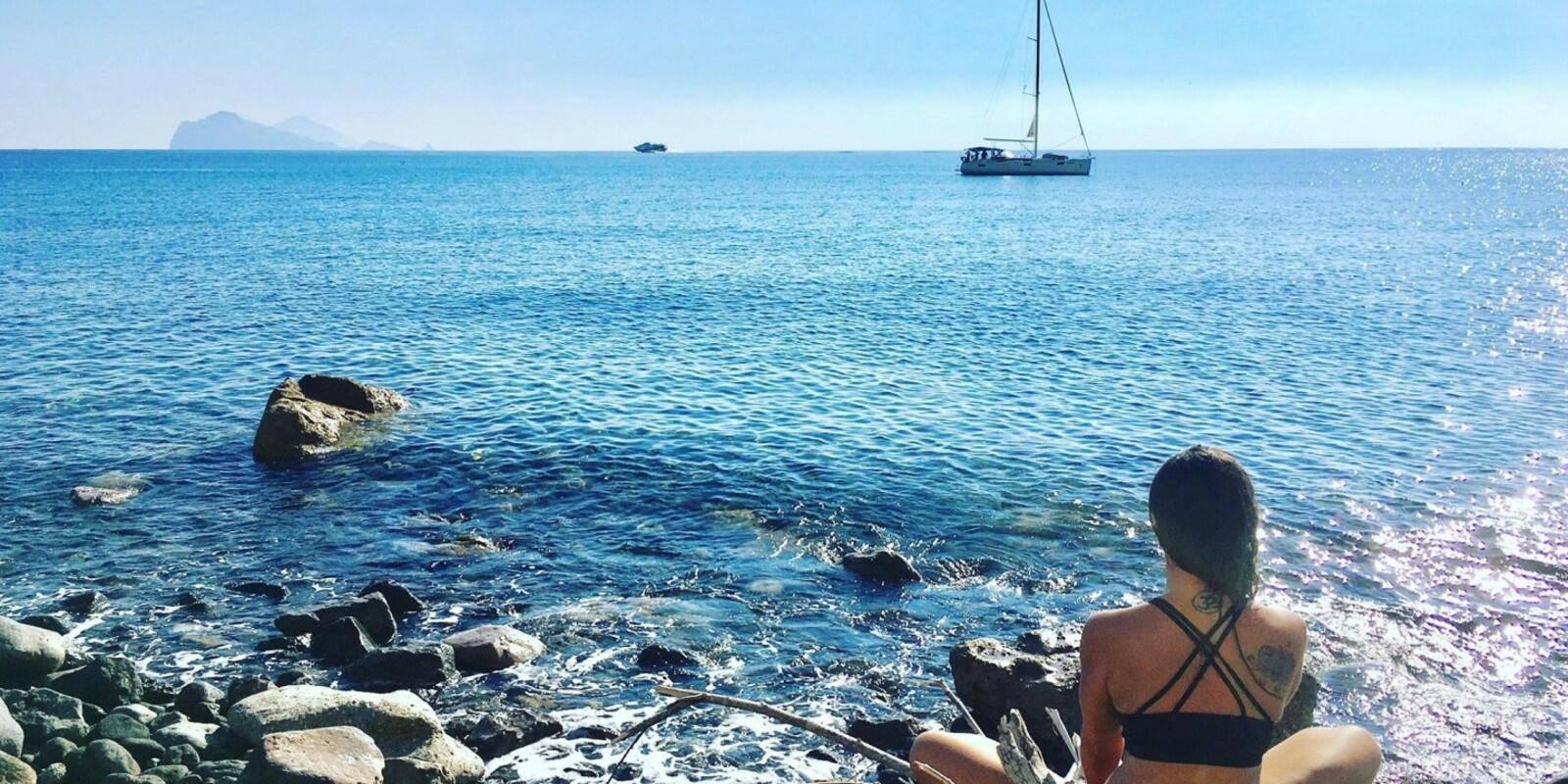 Holistic Sail Magic Aeolian - Sailing and Yoga for a week of relaxation and energy