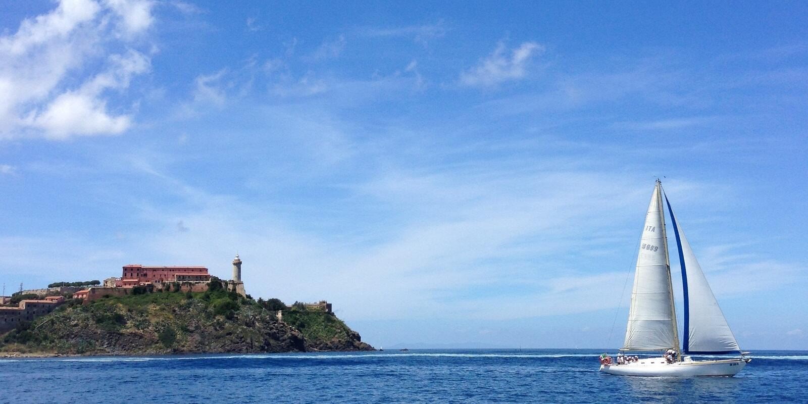 Elba Island: sailing, education and relaxation