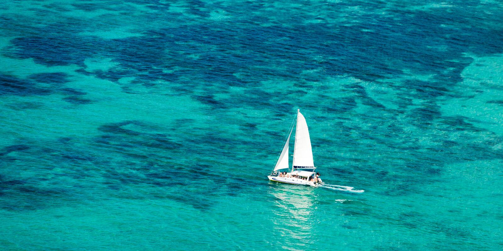 8-day cruise on a catamaran with hostess on board in Mauritius - all inclusive