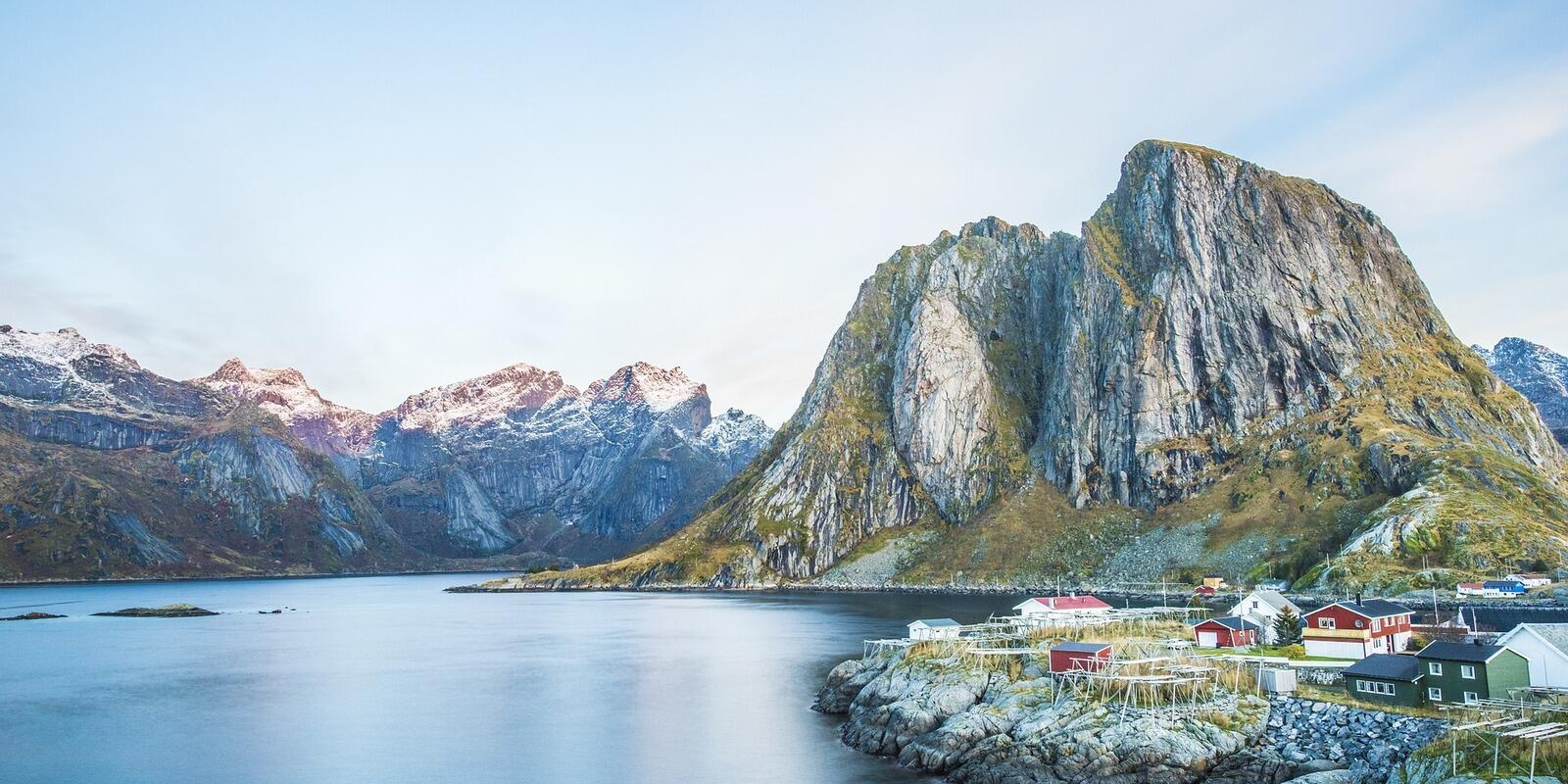 Adventure in the heart of Norwegian fjords with mountain guide from Stavanger to Bergen