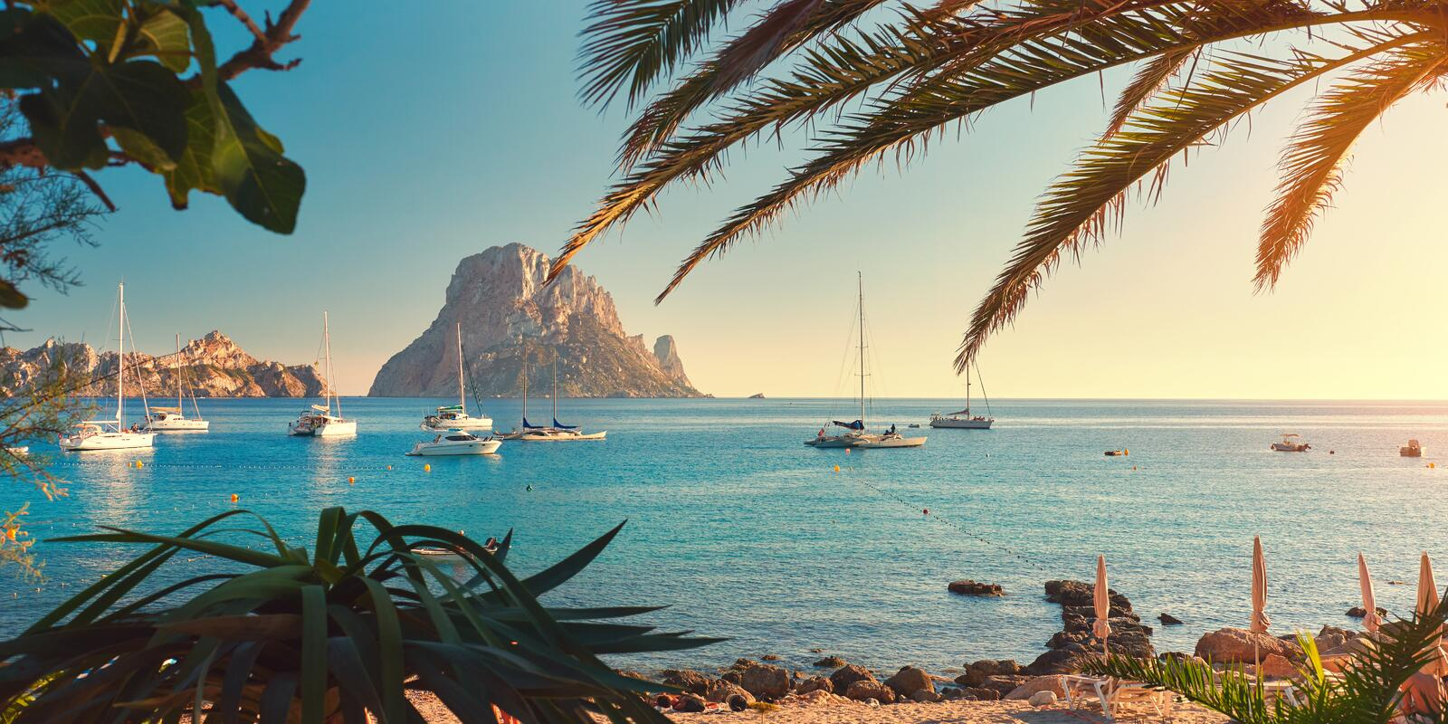Charter among the most beautiful islands of the Balearic Islands .. Ibiza and Formentera are waiting for you !!!