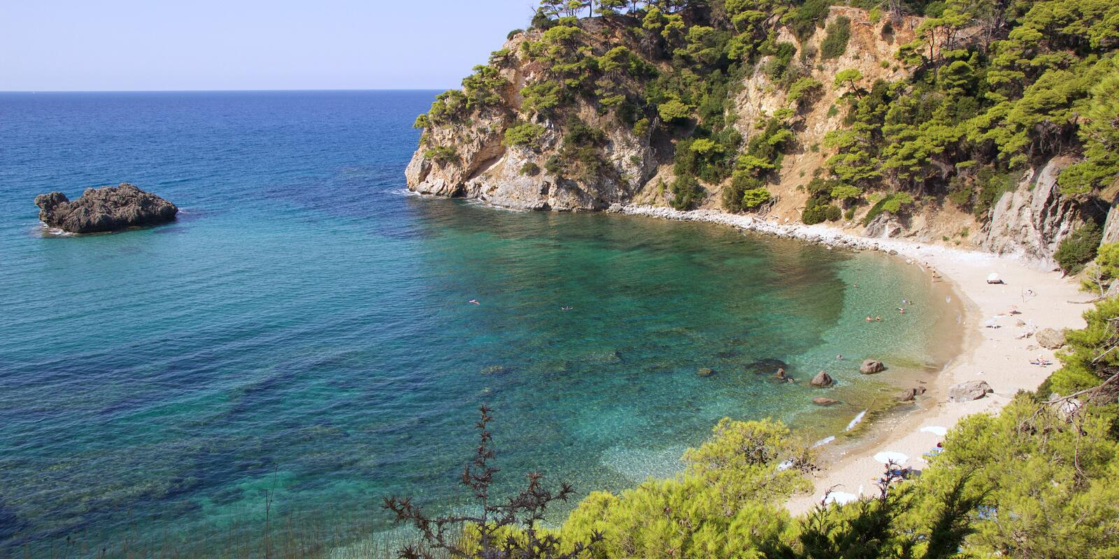 From Corfu to Preveza, turquoise sea and white beaches - Hostess on board