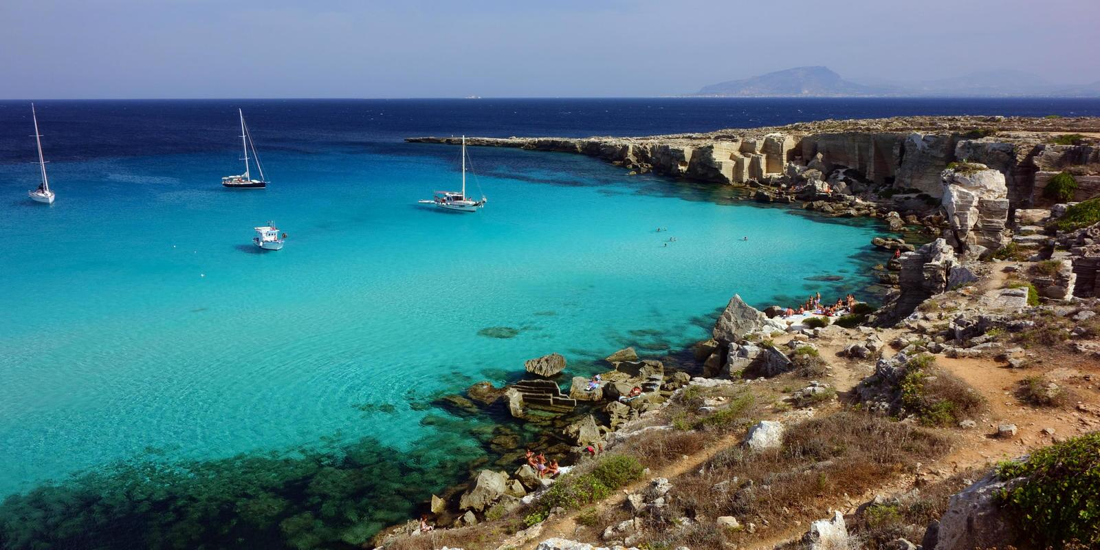 From the Zingaro reserve to the Egadi islands: sailing to discover north-western Sicily