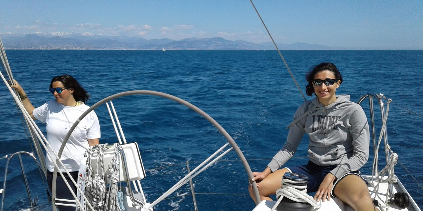 Basic sailing course in Sanremo on cabin cruisers - the right mix of teaching and relaxation for a real holiday