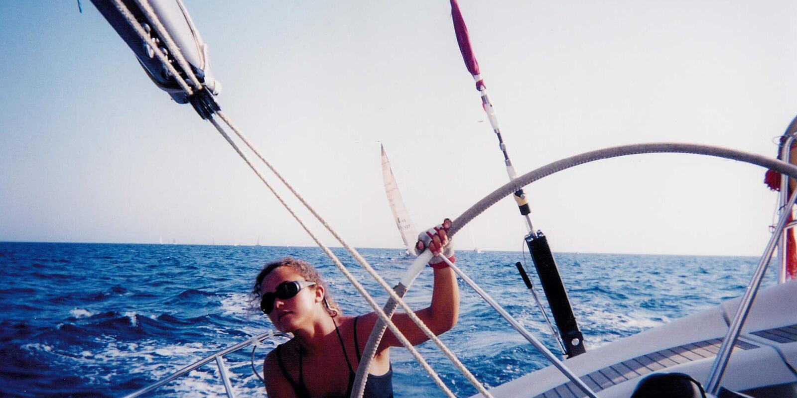 Holiday sailing school in Sanremo -  sailing on board cabin cruisers in complete relaxation
