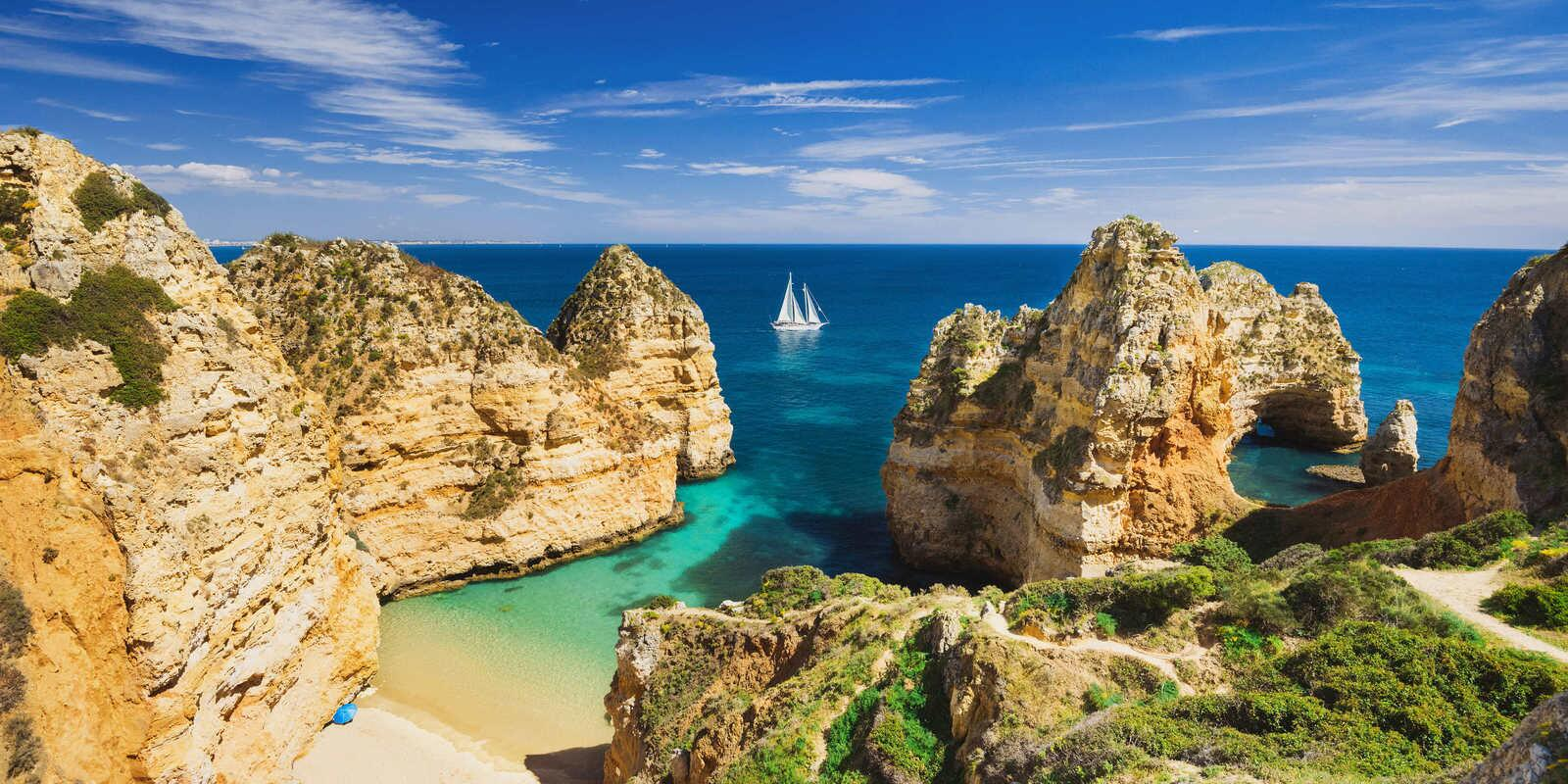 Algarve in total comfort and relax on a large and beautiful yacht with on board cook and skipper