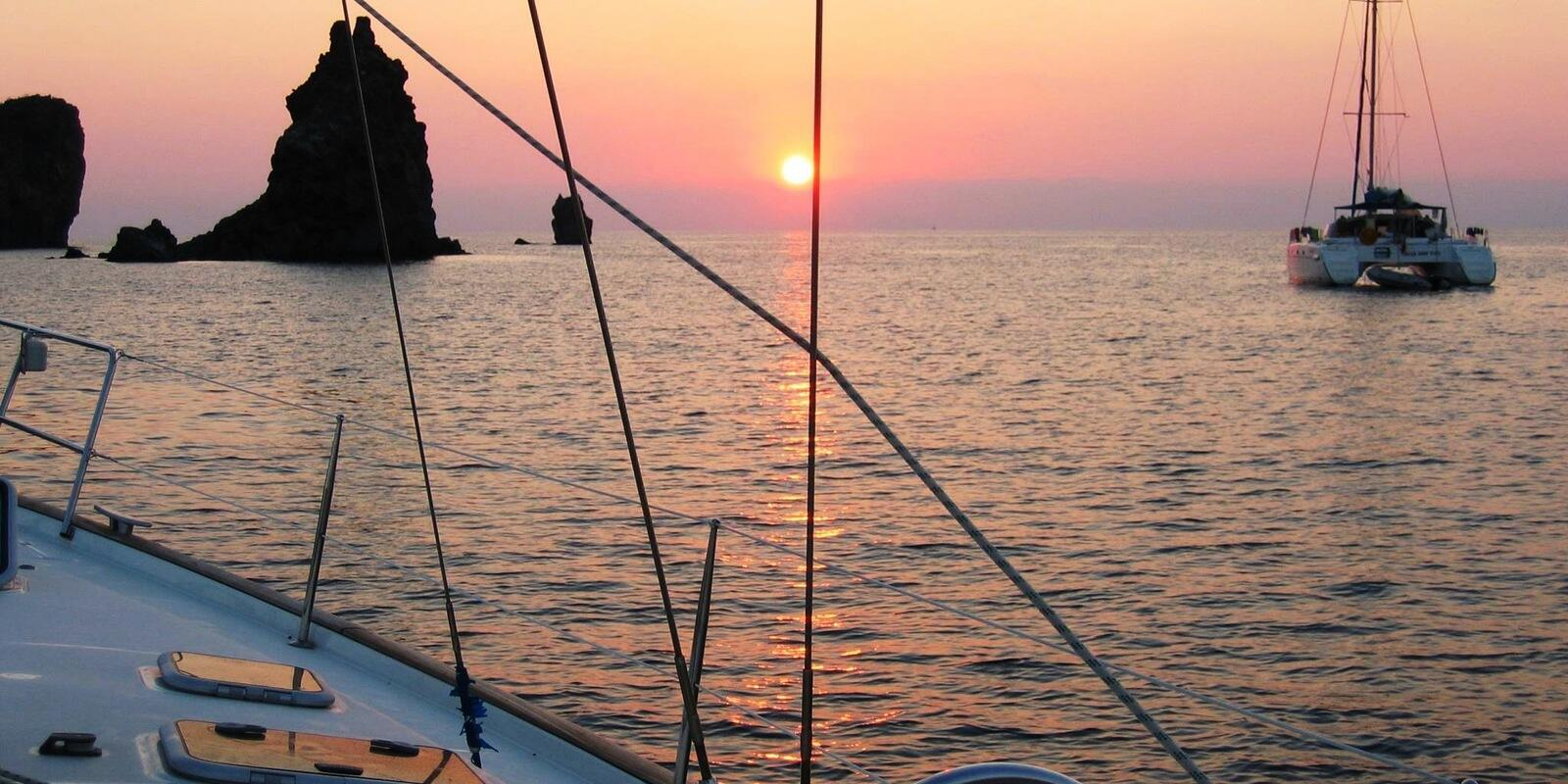 A week in the Aeolian Islands with an experienced skipper and a recent boat
