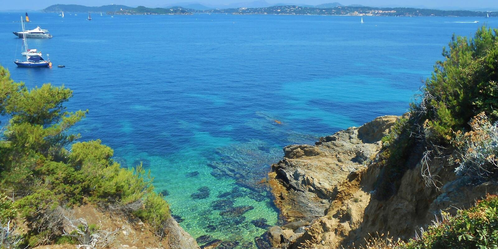Sailing cruise on the French Riviera, from Sanremo to Porquerolles