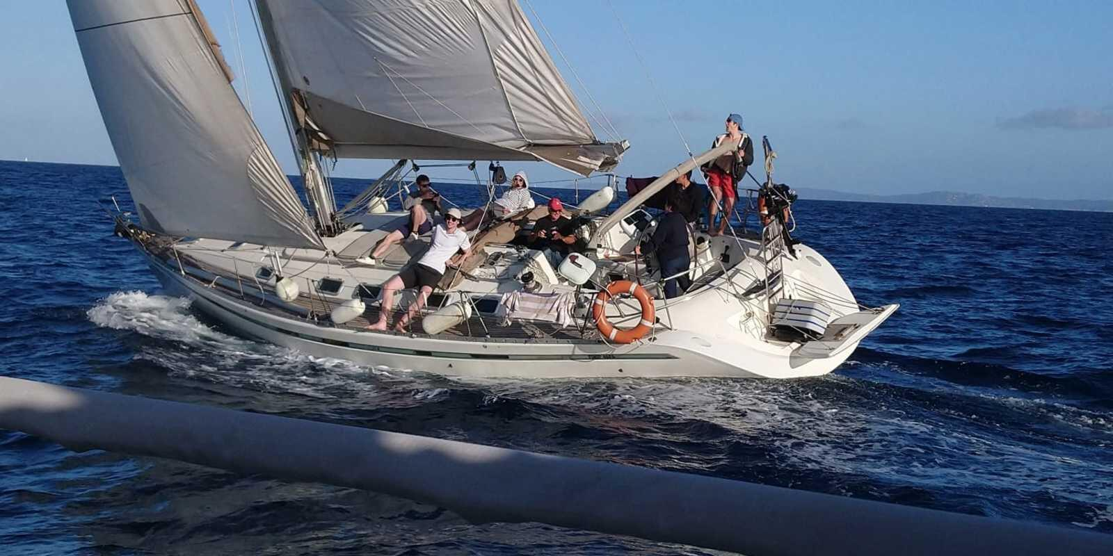 Sailing holidays in the Porquerolles islands to Lavandou or Cap Taillat