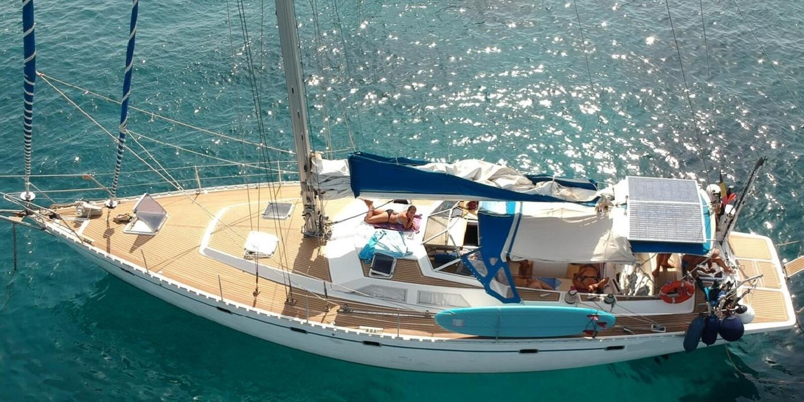 Sardinia and Corsica aboard a luxurious 17mt 4 cabins with bathroom for 8 guests plus crew cabin