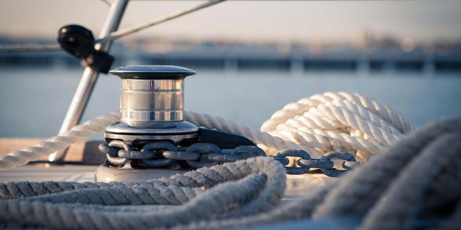 MOORING AND ANCHORING COURSE - Theory and Practice of Sailing FOR A DAY OUTSIDE THE LINES