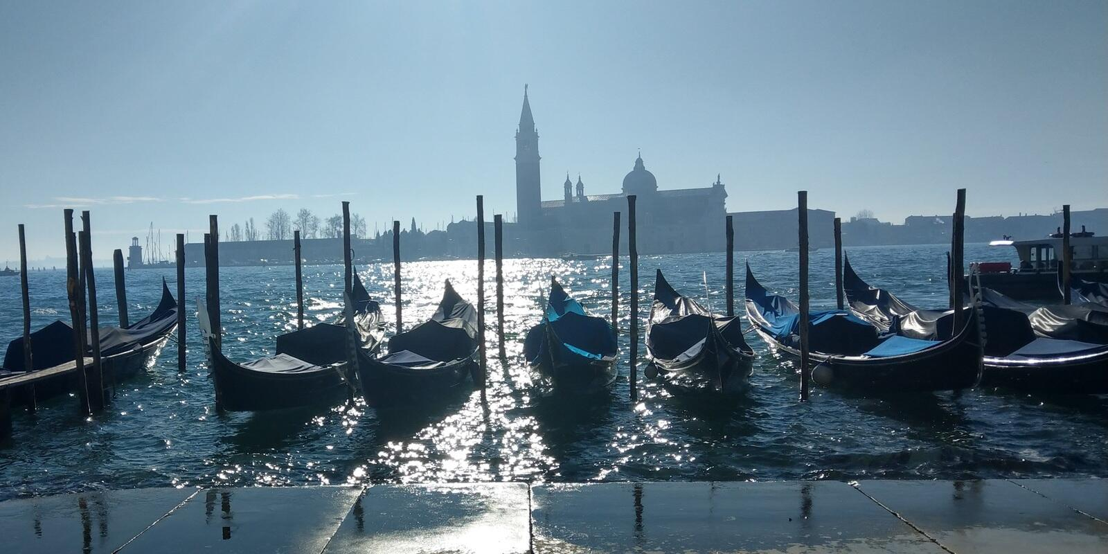 Weekend in Venice on a 15-meter sailboat