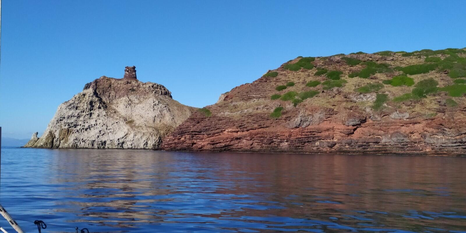 A weekend in the most fascinating island of the Tyrrhenian Sea - Capraia