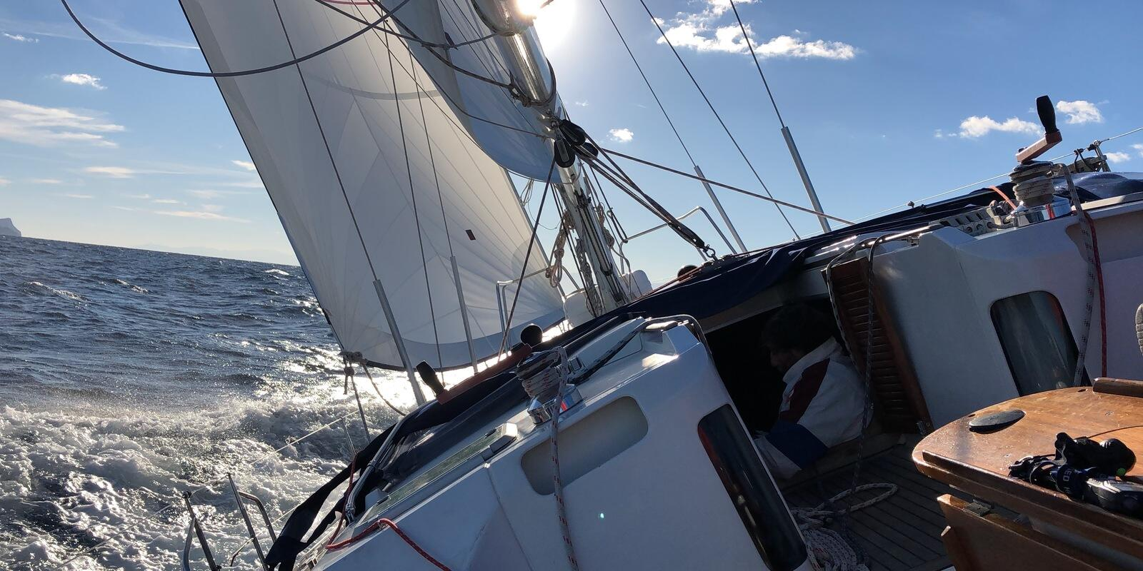 Sailing in winter - Offshore sailing