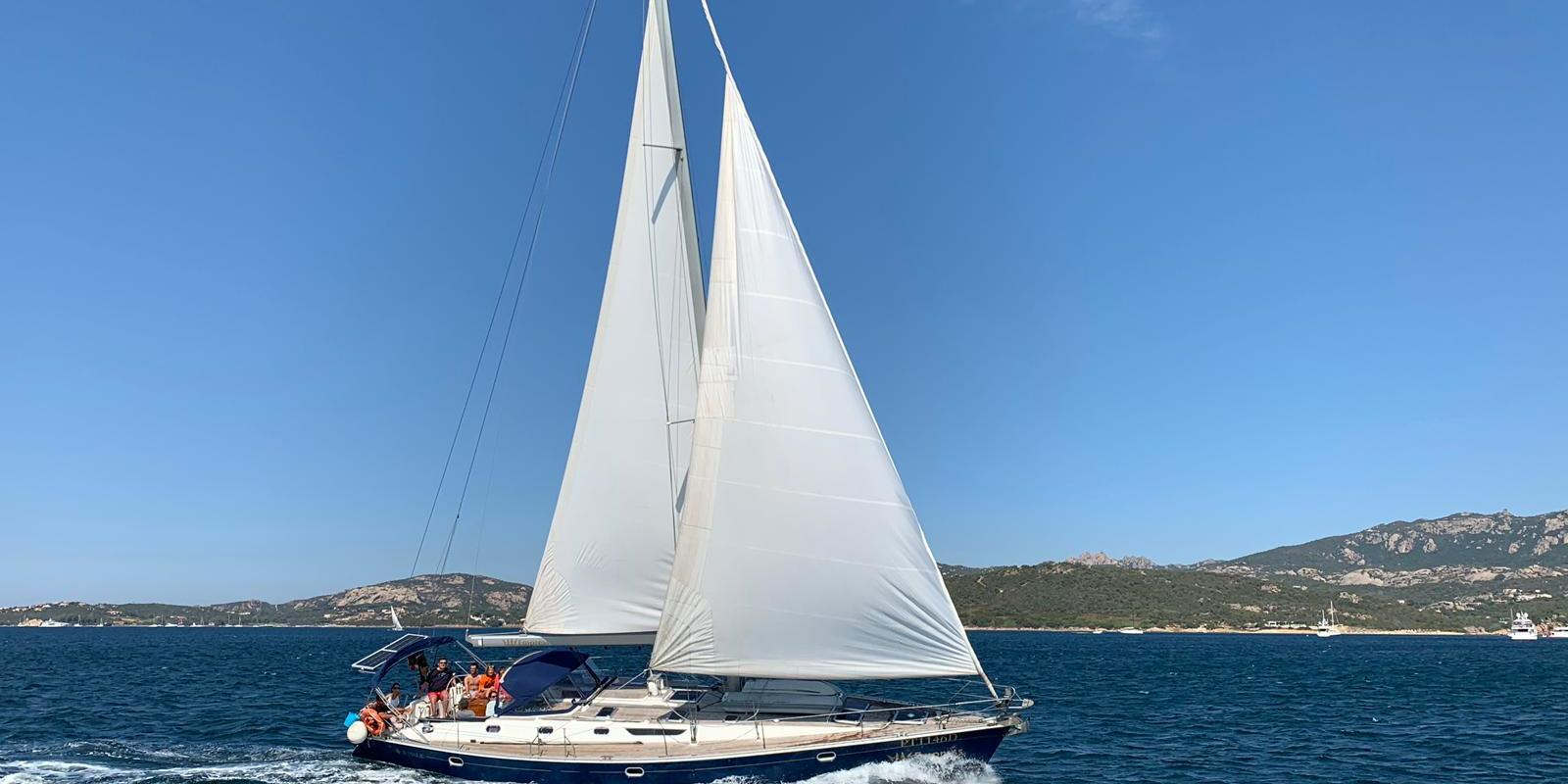School cruise, sailing course between southern Corsica and northern Sardinia