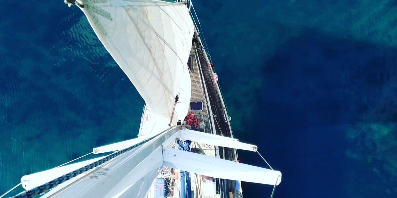 May Cruise: from Athens Milos