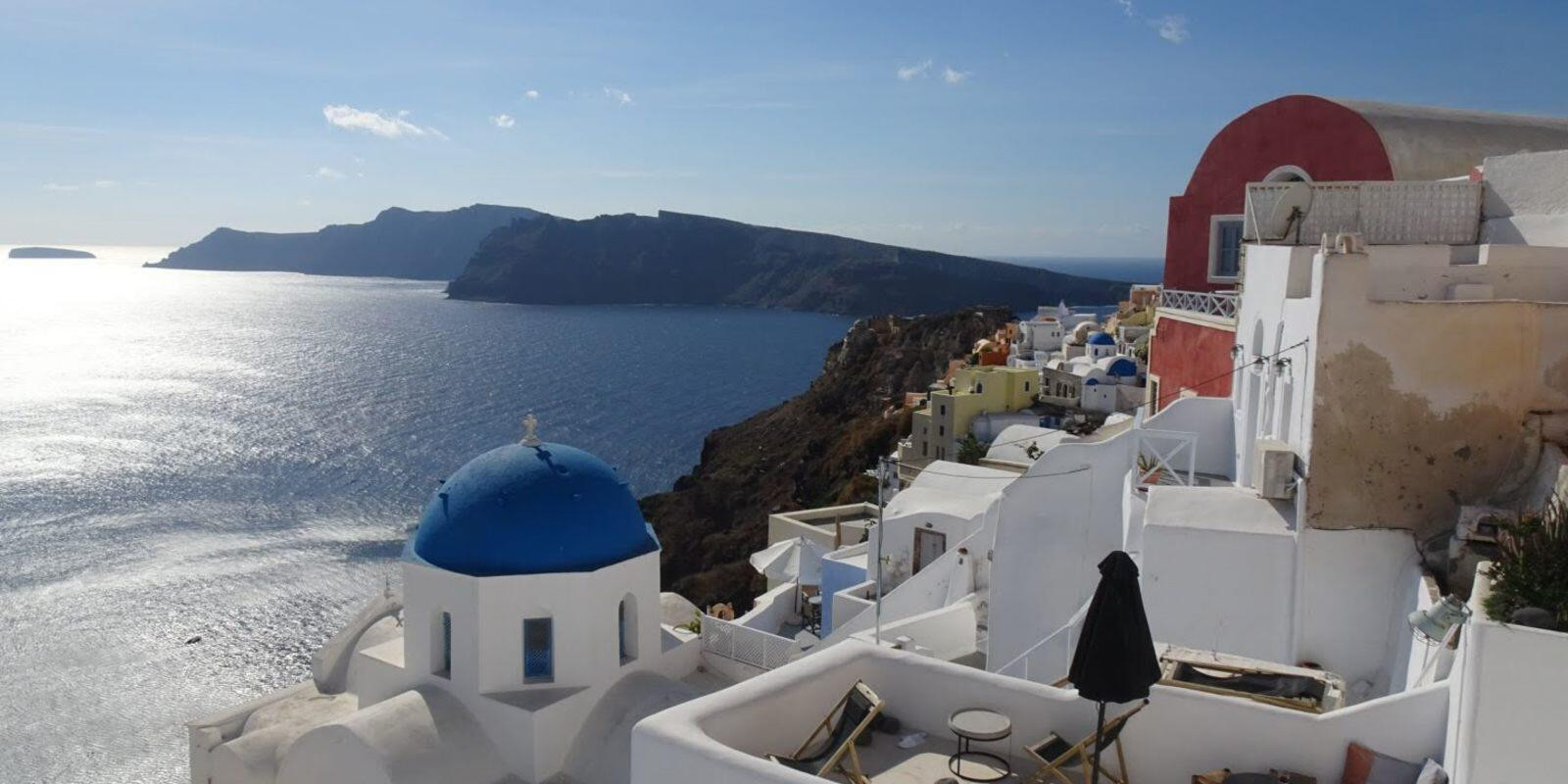15 days on board from Corfu to Santorini sailing the Peloponnese