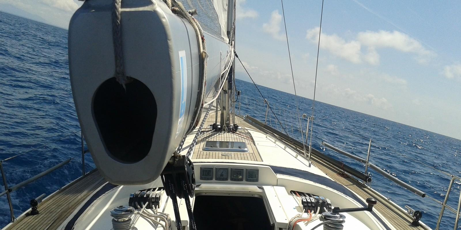 Cruise on a sailboat to Ponza Ventotene and Ischia ... Yes!