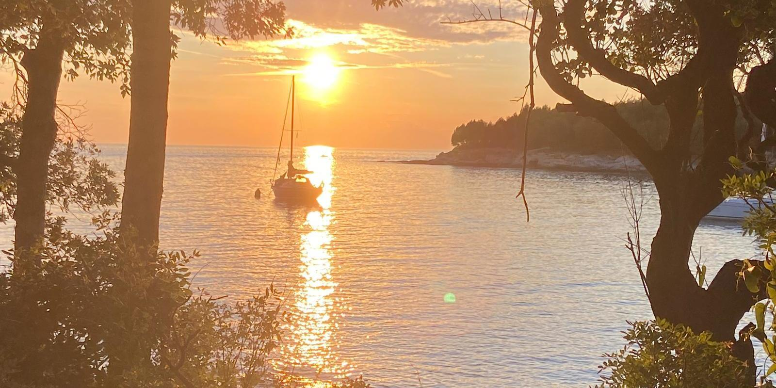 Sailing week in the Split archipelago with a stop in Dubrovnik