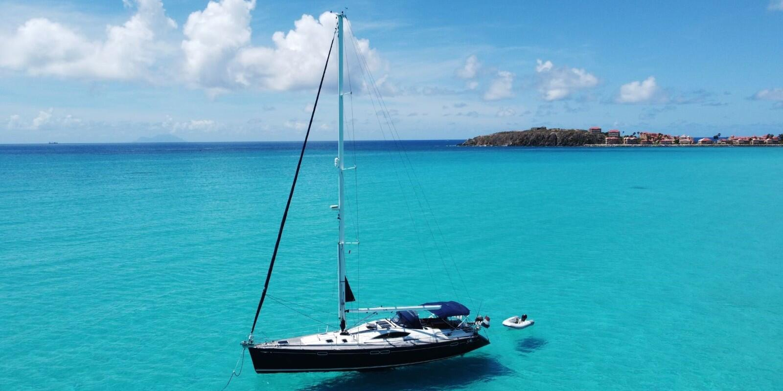 7 Days Sailing Cruise around St. Maarten and the BVI's incl. breakfast and lunch on board