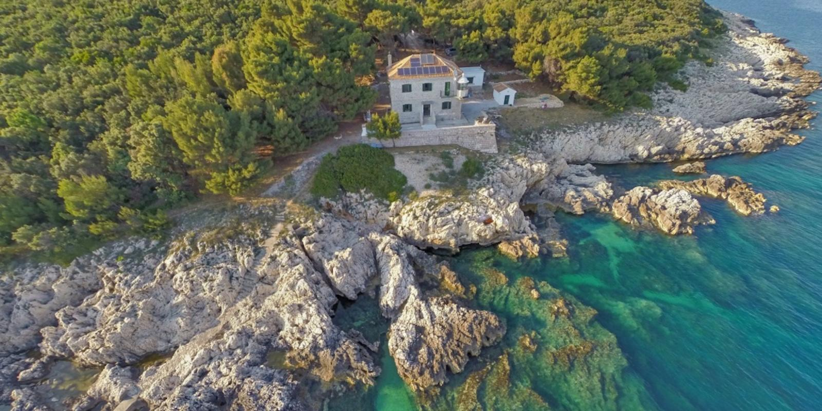 The Istrian lighthouses: the guardians of the coast