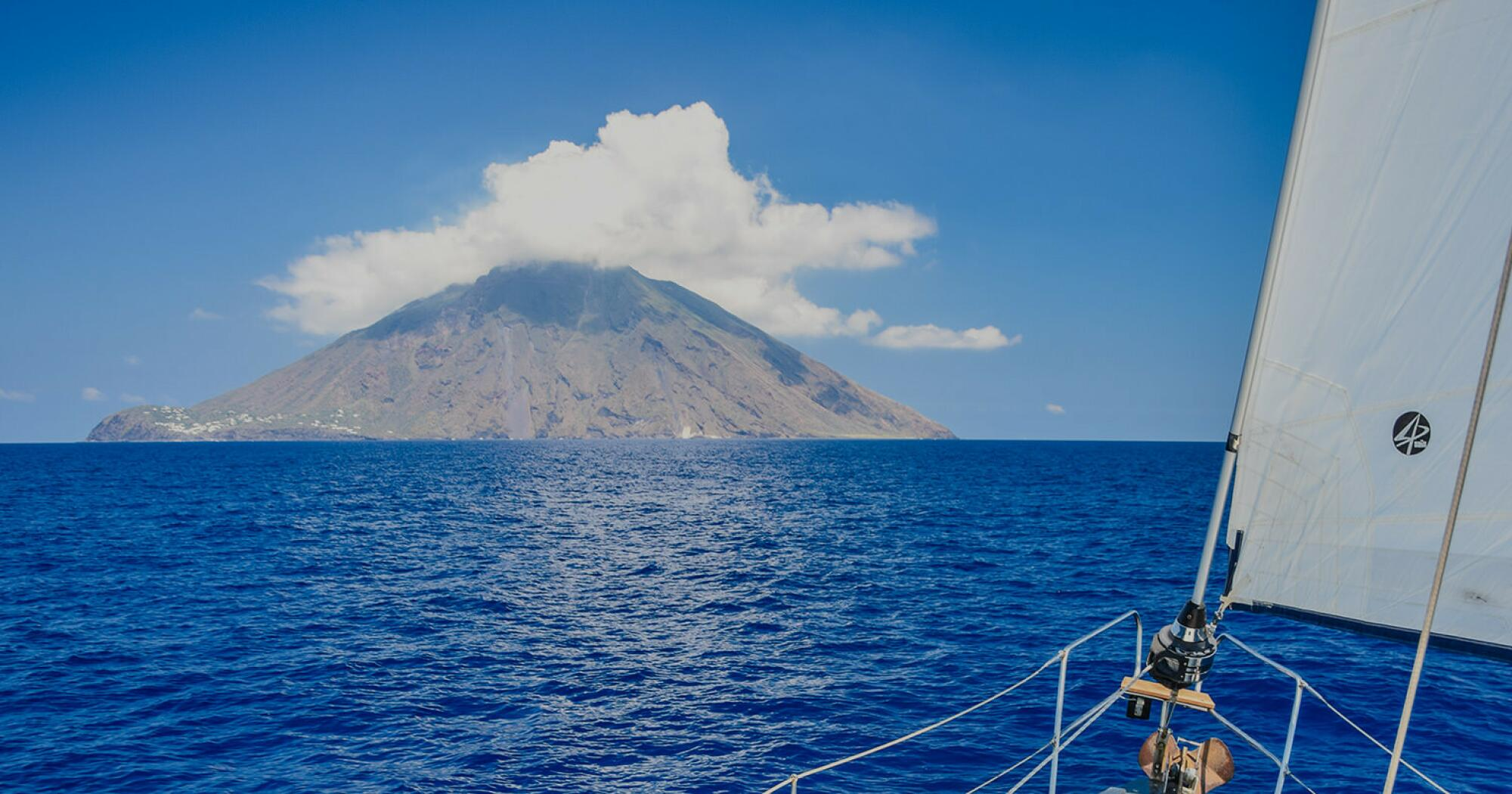 15 Trucchi In Cucina top 10 sailing holidays in the aeolian islands with a