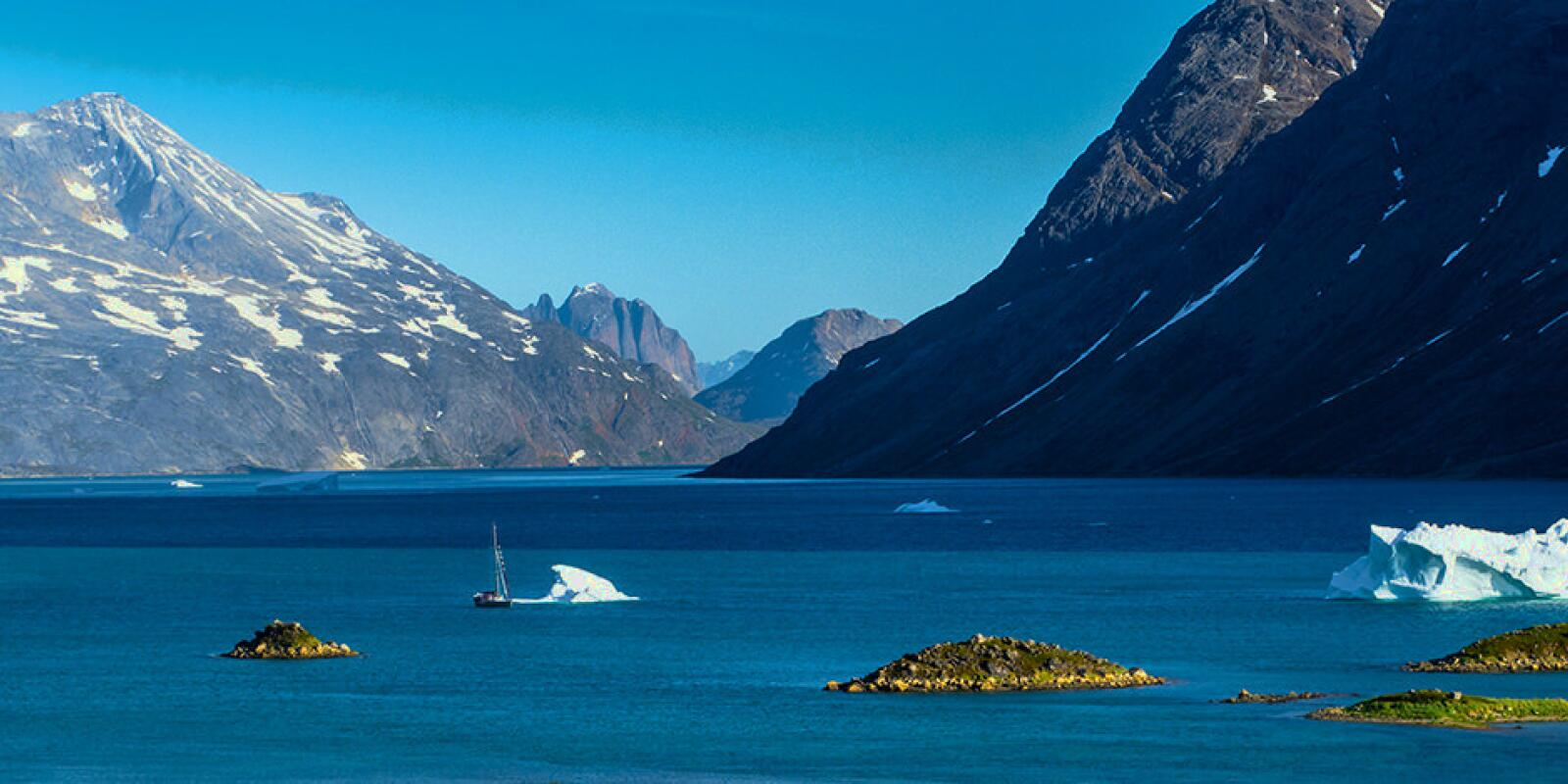 Sailing holidays in Greenland-Spitzberg with Skipper